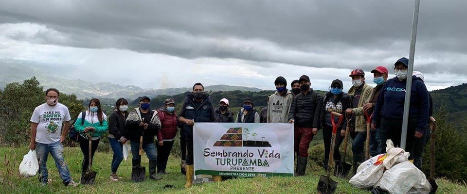 SE REALIZO LA SIEMBRA DE PLANTAS FORESTALES EN LOS PREDIOS DEL MUNICIPIO.